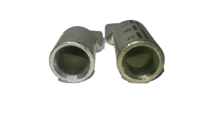 Rohrkabelschuhe (links) haben andere Rohrabmessungen als DIN-Presskabelschuhe (rechts)