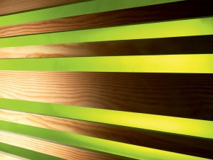 Holzprofil Douglasie gehobelt kombiniert mit Stamisol Effect Geissblatt