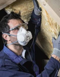 Ein ideales Duo: Die Brille Fornax und die Schutzmaske Comfort Pro