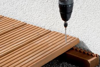 Wählen Sie mit Hilfe dieser Würth Tabelle die richtige Schraube für die Holzterrasse aus