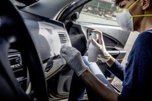 Desinfektion des Fahrzeuginnenraums